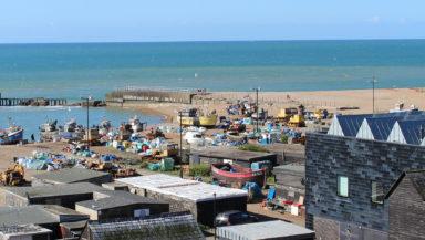 net-huts-boats-fishing-beach-img_1388-sm